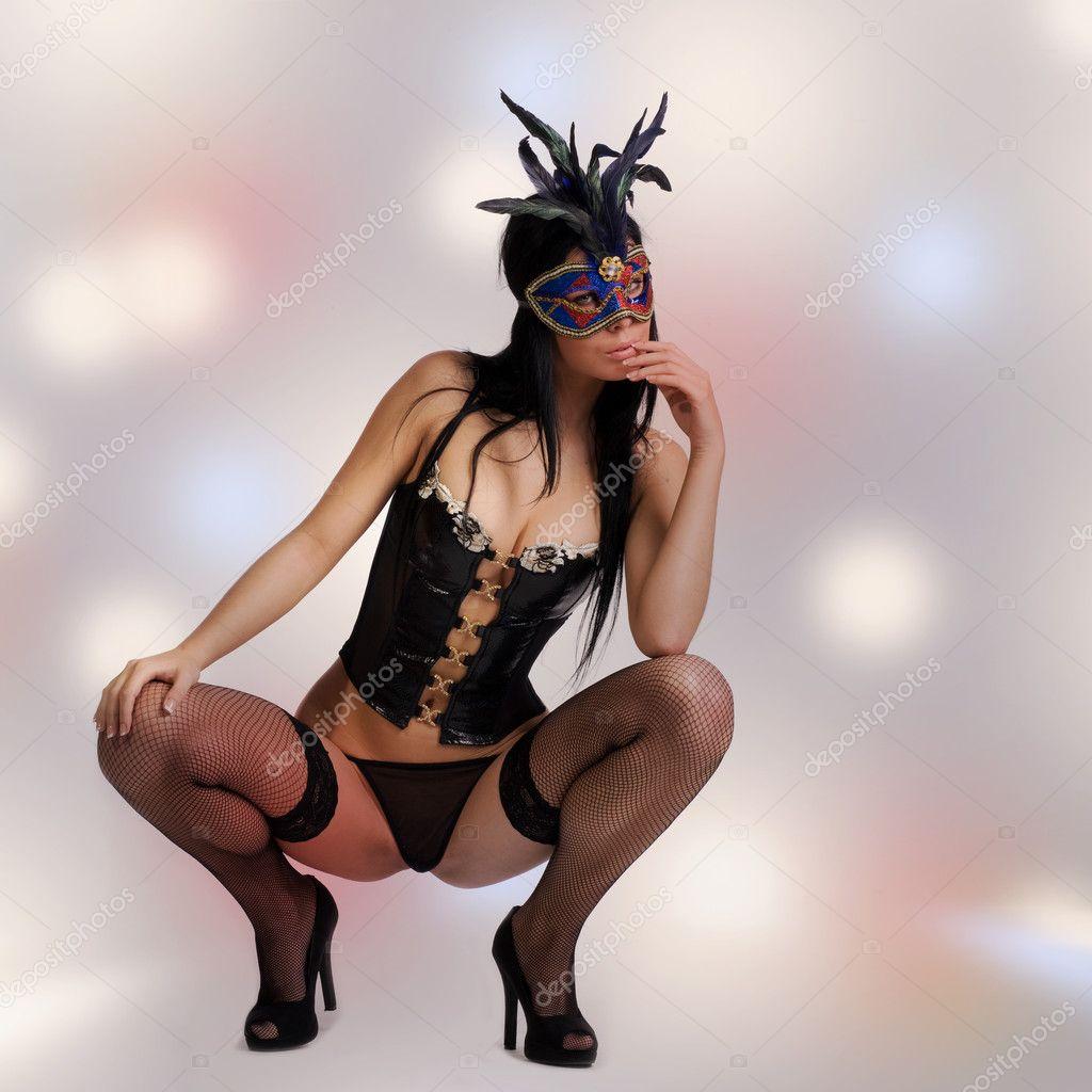 Порно образ девушка в маске фото Вам