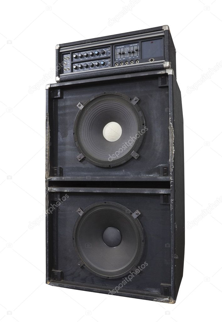 Grungy vintage bass amp with huge 15 inch speakers.  Thrashed from decades of heavy metal gigs. — Stock Photo #11381428