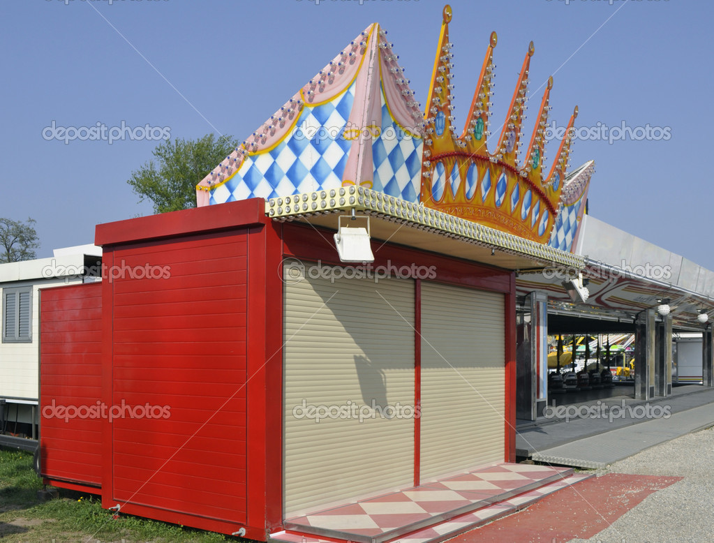 Shut Down  Booth in Amusement Park — Stock Photo #11310179