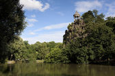 Sibylle temple, Buttes-Chaumont park, Paris, Ille de France, Fra — Stock Photo