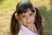 Urocze dziewczynki z ogonów — Zdjęcie stockowe