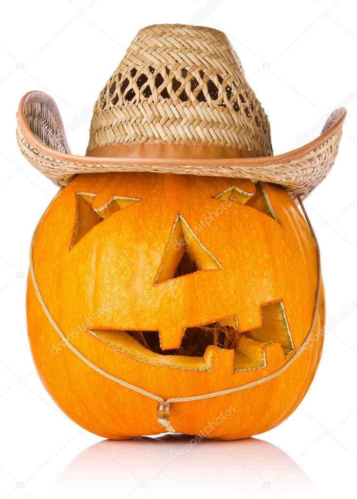 Halloween Pumpkin.Scary Jack O'Lantern in cowboy's cap isolated on white background — Stock Photo #13162674