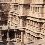 ������, ������: Step Well at Patan