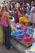 Shopping for Holi — Stock Photo