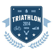 Triathlon badge emblem design — Stock Vector