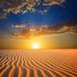 Sunset in a desert — Stock Photo