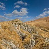 горячие сухих холмах пейзаж — Стоковое фото