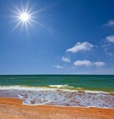 Hot summer sea scene — Stock Photo