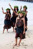 Hula Dancers Welcome — Stock Photo