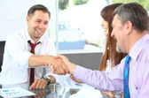 Business shaking hands — Foto Stock