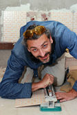 Tiler at work — Stockfoto