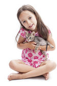 Little girl with a kitten — Stock Photo