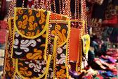 Ručně vyráběné kabelky s tradiční ozdoba. — Stock fotografie
