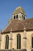старая церковь гири en vexin — Стоковое фото
