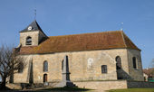 The classical church of Sagy in V al d Oise — Stock Photo
