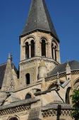 Collegiate church of Poissy in Les Yvelines — Stock Photo