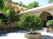 Greece, Crete, beautiful courtyard in female abbey — Stock Photo