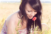 Romantic Summer Girl Smelling Flower — 图库照片
