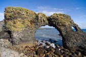 Volcanic rock arch in Iceland — Stock Photo