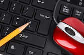 Computer keyboard,mouse and pencil — Stock Photo