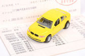 Toy car and account — Foto de Stock