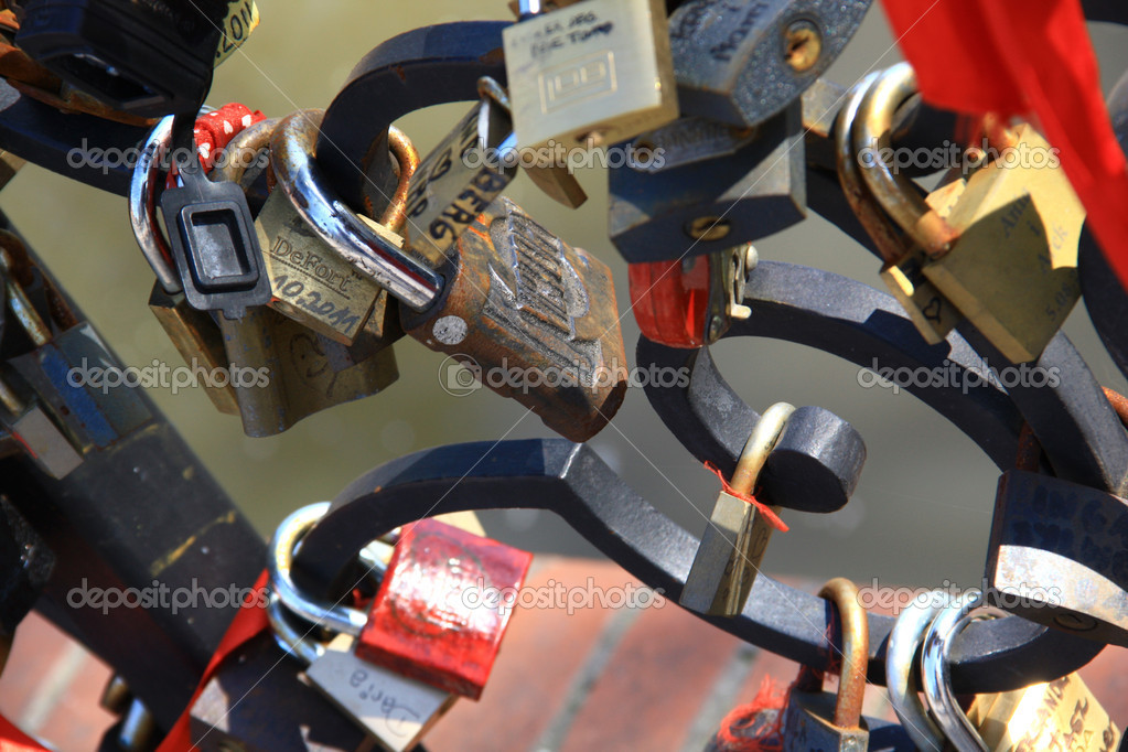 padlock,bridge — Stock Photo #10890843