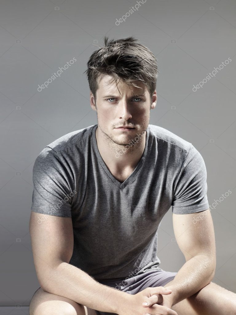 Stylized portrait of masculine handsome young man gainst neutral background — Stock Photo #12035829