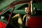 Mannen i bilen — Stockfoto
