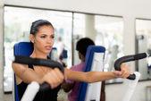 спортивной тренировки и тренировки в фитнес-клуб — Стоковое фото