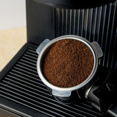 Coffee maker machine with ground coffee — Stock Photo