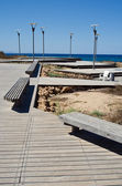 The road to the sea and lampposts in Cyprus — 图库照片