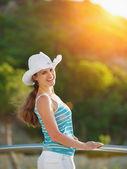 Portrait of happy woman enjoying vacation — Stock Photo