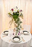 Wedding table and flowers — Stock Photo