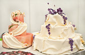 Two wedding cakes — Stock Photo