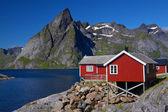 Rorbu hut på lofoten — Stockfoto