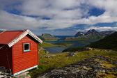 Kırmızı kulübe lofoten adaları — Stok fotoğraf