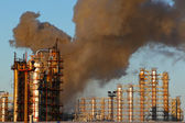 Fire at oil refining plant — Stock Photo