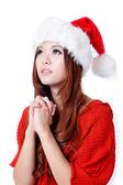 Skönhet flicka önskan med jul hatt — Stockfoto