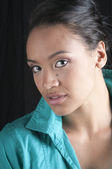 Closeup of beautiful black woman — Stock Photo