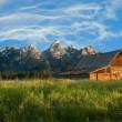 antiguo granero Mormón en el tetons — Foto de Stock