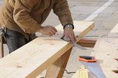 Adımları bir stringer, dışarı işaretleme marangoz — Stok fotoğraf