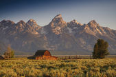 Famous barn on Mormon row in the Teton National Park — Stock Photo