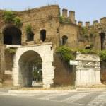 Roman Gate at the end of Via Veneto — Stock Photo #11096484