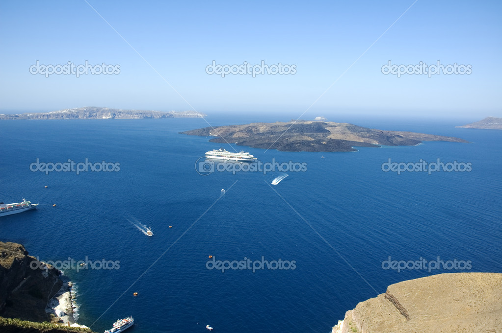 Looking from Santorini island into the Caldera and the Aegean sea in the distance — Stock Photo #11096598