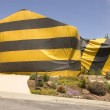 Hilldie home tented for termite eradication — Stock Photo