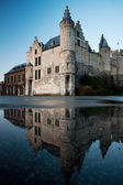 Het Steen Castle and Reflection — Stock Photo