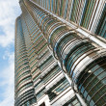 Petronas Tower Side Up Angle Kuala Lumpur — Stock Photo