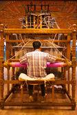 Weaver Using Hand Loom Making Sari — Stock Photo