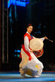 Young Korean Woman Profile Playing Janggu Drums — Stock Photo