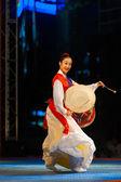 Young Korean Woman Profile Playing Janggu Drums — Stock Photo